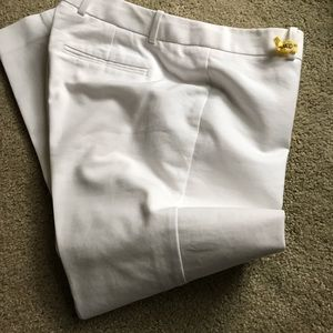 Almost new GAP skim cropped white pants size 8!